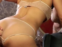 Full of lust and passion brunette Sunny Leone gets rid of lingerie and faps