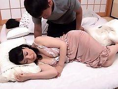 Korean big boobs Han Ye in bare F 1 8