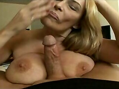Mature whore swallows a younger bone