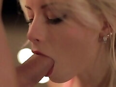 She Really Know How to Deep-throat a Cock