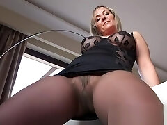 Hot mature showing tights