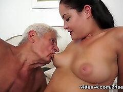 Best pornstar Dolly Diore in Best Facial, Cunnilingus porn scene