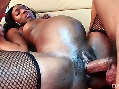Ebony pregnant bitch in stocking Alice Black gets her muff rammed