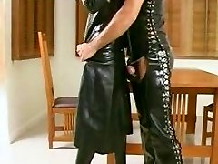Fetish Latex aimer transexuelle et guy