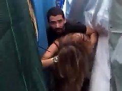 लेबनानी जोड़ी cought कमबख्त