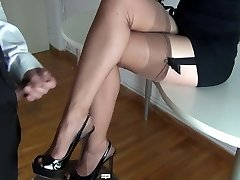 Cum on sexy gams in stockings