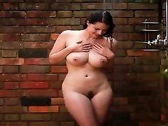 Beauty gorgeous babeTakes A Shower - PORNCAMLIFE COM