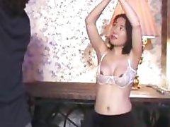Her hot body shocked
