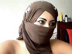 अरब महिला हस्तमैथुन