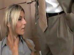 Klarissa iyi bir sekreter