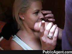 PublicAgent - Partners in Porn trikk blond