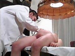 Preggo zdravnika (Camaster)