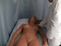 Nurse Handjob: Punishes the Administrator