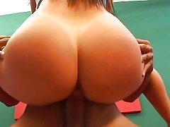 Super hot Brésilien booty