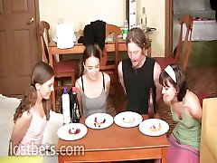 Lily, Elise, Oranžna in Sean Pie Jedo Tekmovanje v delu I