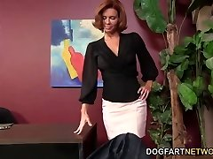 Veronica Avluv Gets Off On A Black Fuckpole