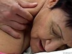Grannie munches a young guy'_s cum