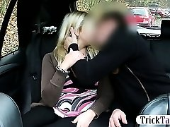 Blonde Chubby woman splashes while her pussy gets fucked by a taxi driver on the backseat of the car