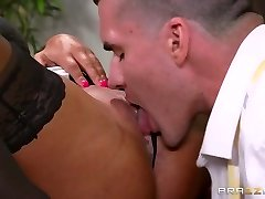Xxl Tits at Work: The Multitasking Jugs. Elicia Solis, Clover