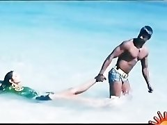 Bollywoods Ragini Dwivedi super hot for Vijays Big Andhra Black Cobra
