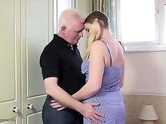 Old father humps young daughter