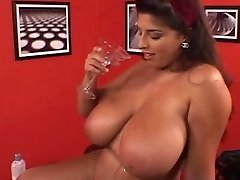Sexy British BBW Fingers Her Phat Hot Furry Pussy
