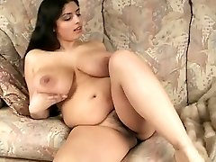 Gorgeous Big Breast BBW Cougar