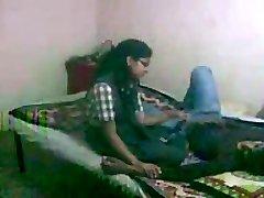 Indian SchoolGirl Vaishali Fuckin' with her bf