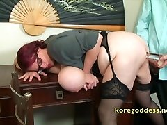 A secretary gets her butt well fucked