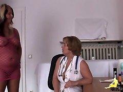 Frau Doktor meine Moese beist!