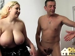 Huge big tits for you