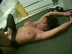 Candy Vegas Shower Poking (Thunderpussy 1998)