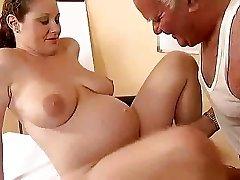 Old fellow fucks a pregnant gal