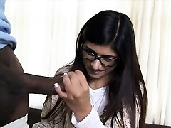 Succulent chick Mia Khalifa fucking firm