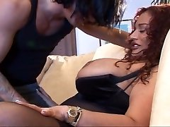Fat redheaded COUGAR getting well served