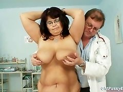 Busty mature woman Daniela tits and mature pussy obgyn exam