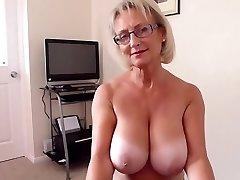 İngiliz büyük doğal göğüsleri sıcak oral seks olgun