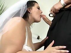 Becki Butterfly - Plumper BRIDE FUCKIN