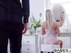 Babes - AWAITING FOR YOU - Cayla Lyons