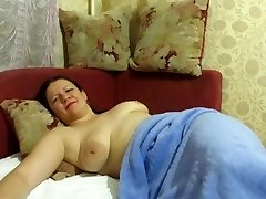 mother slept with beads in her cum-hole