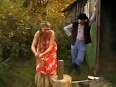 RUSSIAN GIRL LARGE TITED GET  SCREWED