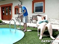 Amazing PLUS-SIZE mistress Diana facesitting