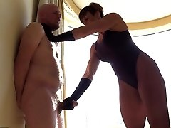 Muscular Domina Punishes and Humiliates Humungous Slave