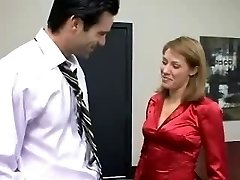 Office Whore Porking Her Boss For A Hoist