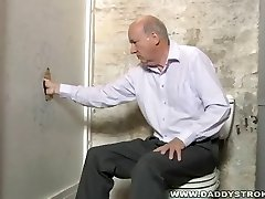 Silverdaddy Working Gloryhole Stiffy