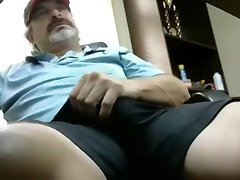 Red-hot redneck dad with enormous cock