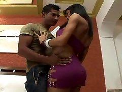 Brazilian Shemale sex fucking jummy