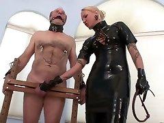 Suono le Palle ed il Cazzo Tortura