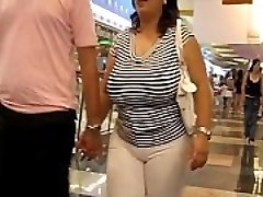 More Thick Juggling Tits at www.windyvideo.ioffer.com