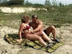 Mature with petite tits big nipples gets smash on beach